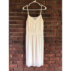 Women's pleated dress
